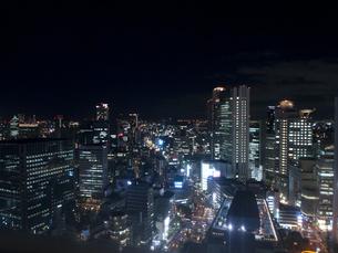 西梅田の夜景の写真素材 [FYI00325519]