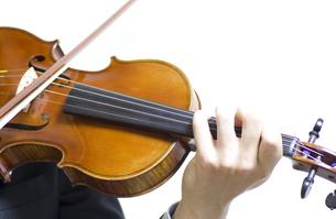 バイオリンの演奏の写真素材 [FYI00325564]