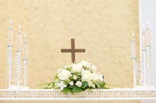 結婚式_チャペルの祭壇の素材 [FYI00327742]
