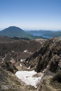 山頂からの男体山と中禅寺湖の写真素材 [FYI00328151]
