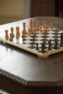 テーブルのチェス盤の写真素材 [FYI00328309]