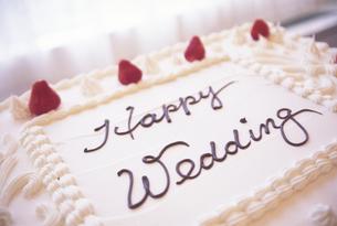 ウェディングケーキの写真素材 [FYI00328445]