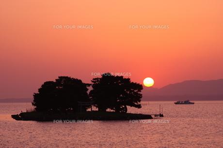 宍道湖の夕陽の素材 [FYI00328634]