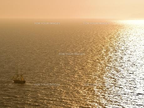 エーゲ海の夕焼けの写真素材 [FYI00328814]