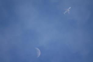 雲の上には…の写真素材 [FYI00329121]