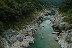 峡谷、静かな流れの写真素材 [FYI00331270]