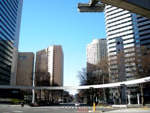 新宿の街並みと青空の写真素材 [FYI00332295]