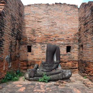 世界遺産アユタヤの石像の写真素材 [FYI00332305]