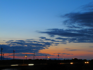 梅雨明けの宵の写真素材 [FYI00332448]