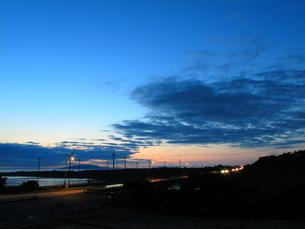 梅雨明けの宵の写真素材 [FYI00332469]
