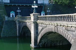 皇居の二重橋の写真素材 [FYI00332696]
