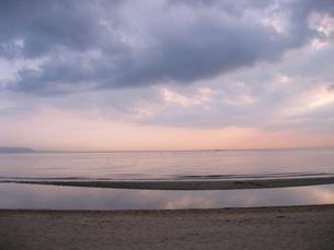 夕焼け・海の素材 [FYI00333646]