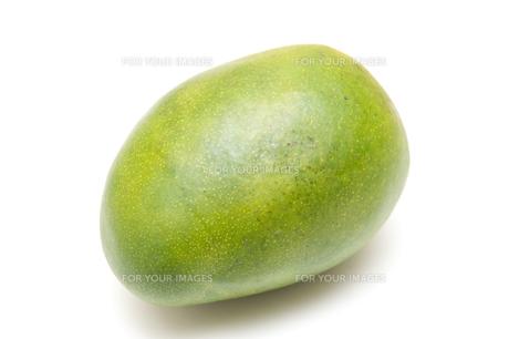 緑色のマンゴーの素材 [FYI00333910]