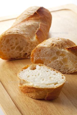 フランスパンの写真素材 [FYI00334167]
