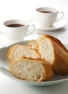 フランスパンの写真素材 [FYI00334176]