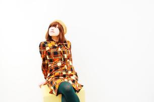 スタジオの女性の写真素材 [FYI00334724]
