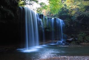 鍋ケ滝2の写真素材 [FYI00334969]