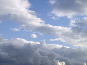 白い雲の写真素材 [FYI00335288]