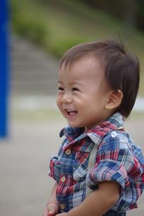 笑顔の男の子の写真素材 [FYI00335711]