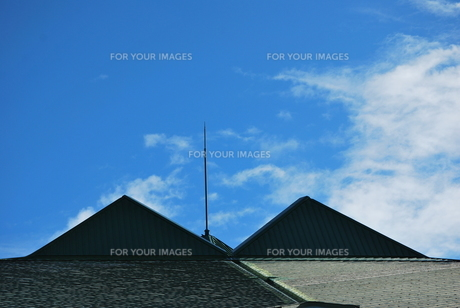 屋根の上のピラミッドの写真素材 [FYI00335774]