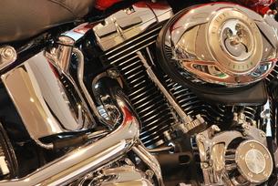 オートバイ エンジン部分の写真素材 [FYI00335808]