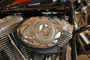 オートバイ エンジンのアップの写真素材 [FYI00335833]