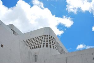 建築 現代の城壁の写真素材 [FYI00335892]