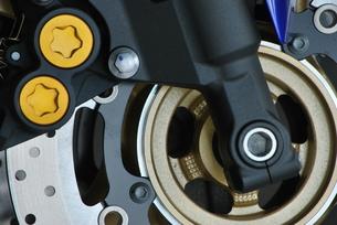 オートバイ ディスクブレーキの写真素材 [FYI00335911]