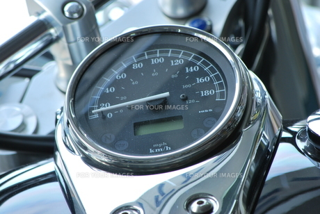 バイクのメーターの素材 [FYI00335937]