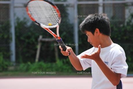 テニスプレーヤーの写真素材 [FYI00335960]