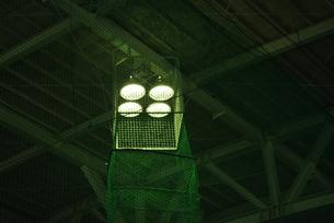 屋内練習場の照明の写真素材 [FYI00335964]