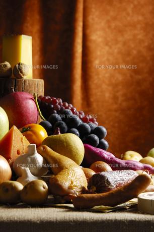 感謝祭をイメージした食材集合の写真素材 [FYI00336232]