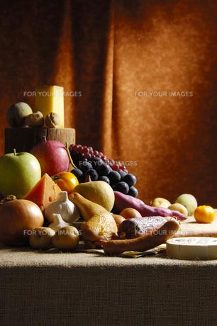 感謝祭をイメージした食材集合の写真素材 [FYI00336256]