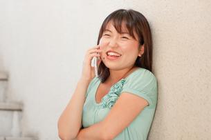 電話するの写真素材 [FYI00336439]