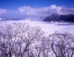 摩周湖冬景色の素材 [FYI00336721]