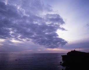 霧多布岬の夜明けの写真素材 [FYI00336856]
