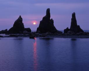 夏の夜明けの写真素材 [FYI00336940]