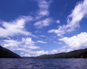夏雲の写真素材 [FYI00338299]