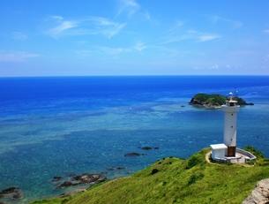 平久保崎の灯台の写真素材 [FYI00361234]