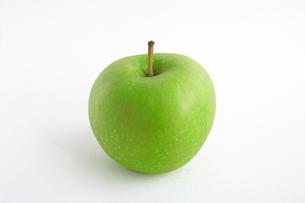 Granny Smith Appleの写真素材 [FYI00361794]