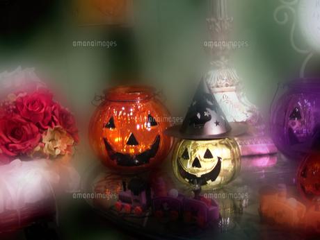 ハロウィンのかぼちゃたちの写真素材 [FYI00361870]