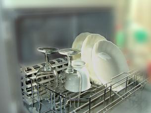 並ぶ食器の写真素材 [FYI00361880]