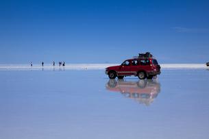 ミラーレイクのウユニ塩湖の素材 [FYI00364602]