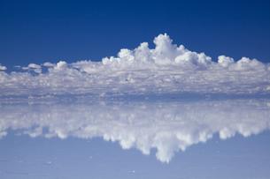 ミラーレイクのウユニ塩湖の素材 [FYI00364622]