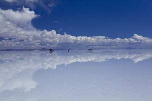 ミラーレイクのウユニ塩湖の素材 [FYI00364637]