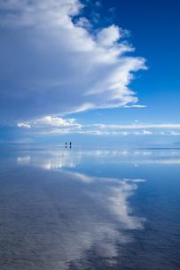 ミラーレイクのウユニ塩湖の素材 [FYI00364663]