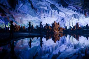 桂林の芦笛岩洞窟の写真素材 [FYI00366069]