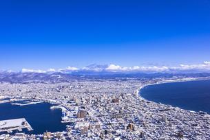 函館山より函館市内雪景色の素材 [FYI00366116]