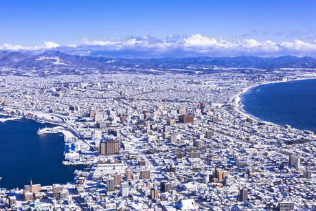 函館山より函館市内雪景色の素材 [FYI00366142]