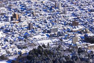 函館山より函館市内雪景色の素材 [FYI00366181]